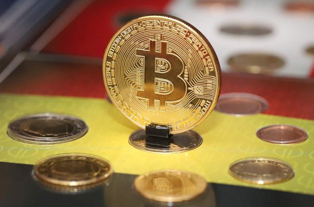 bitcoin banco negociecoins decisão