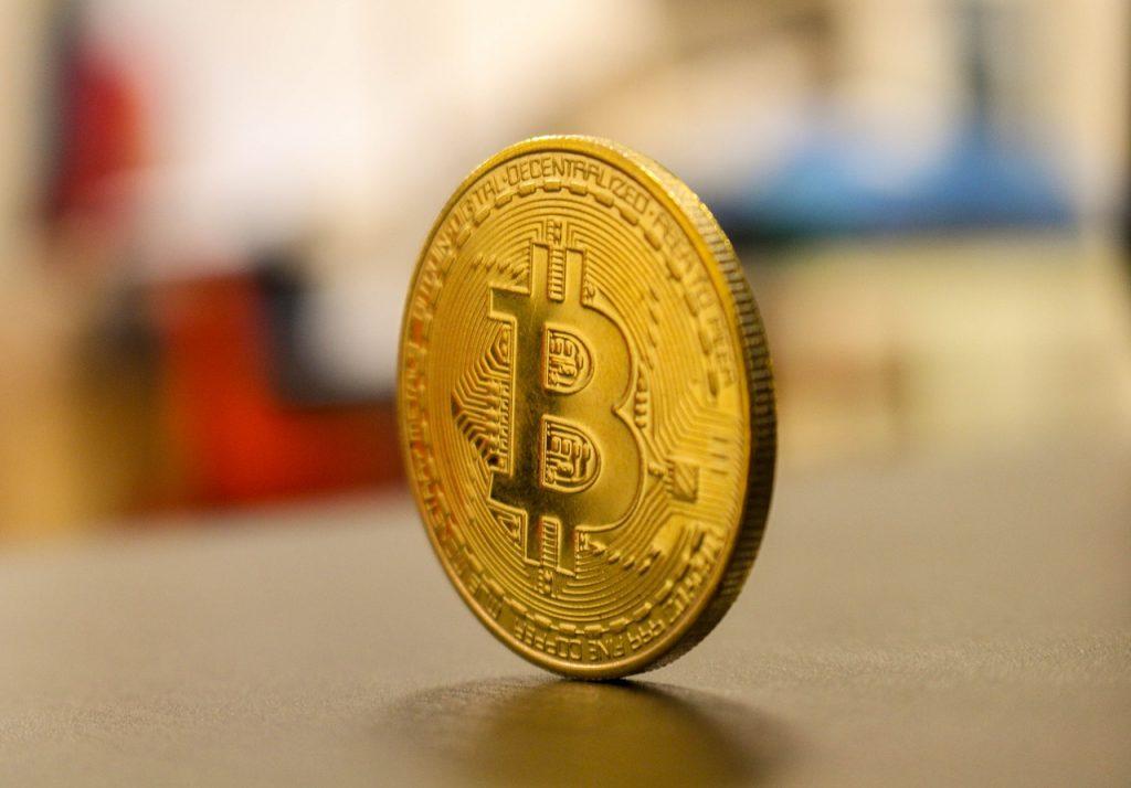 bitcoin banimento governo investimento