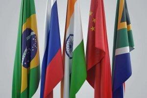 BRICs criptomoeda moeda digital sistema financeiro brasil