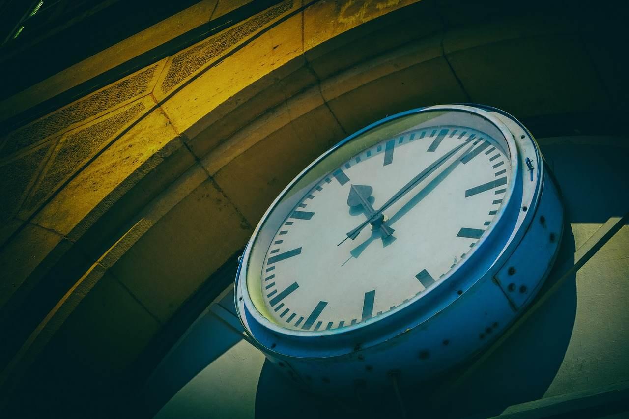 blockchain bitcoin bloom technologies transações tempo minutos
