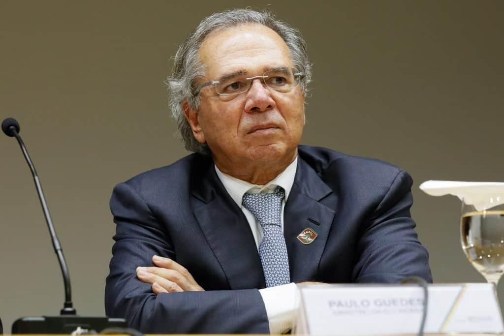 coronavírus-paulo-guedes-economia-brasil-ministro-saúde-criptomoedas