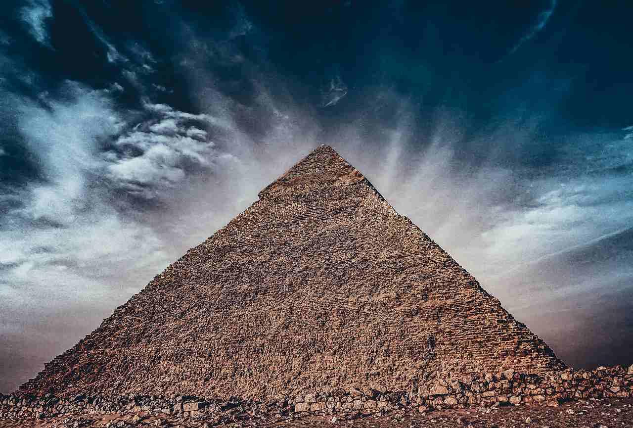 pirâmide-financeira-indeal-bitcoin-justiça-pagamento-clientes-polícia-federal-egypto-criptomoedas