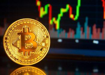 Halving do Bitcoin é hoje e taxa de hash se aproxima de recorde histórico, entenda