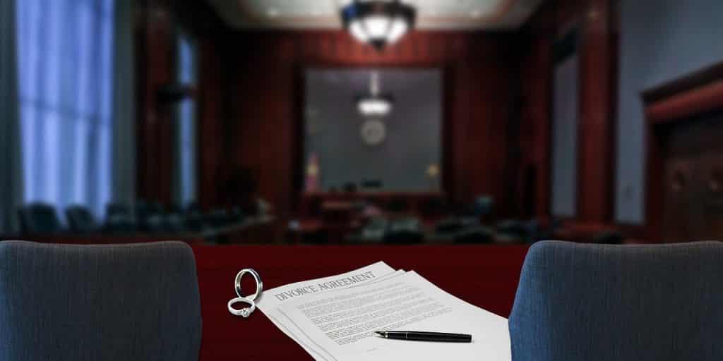 divórcio-casamento-justiça-processo-ação-marido-mulher-ex-esposa-pensão-criptomoedas-bitcoin-plano-saúde