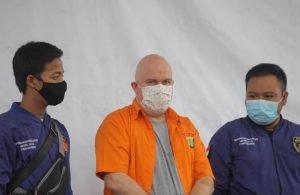 Líder de golpe com bitcoin de R$3 bilhões é preso por pedofilia