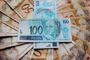 -dinheiro-banco-central-real-cmn-crise-economia-Com 26 anos, Real tem 759% de desvalorização desde sua criação