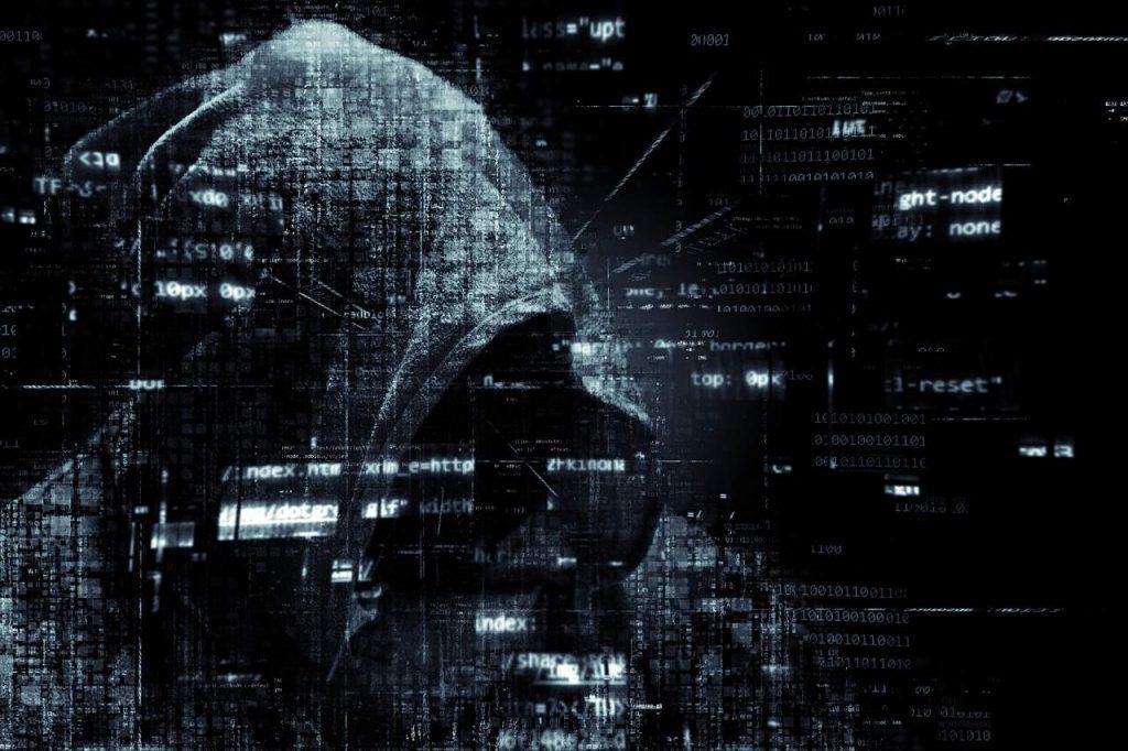 Elon Musk, Bill Gates e outros famosos sofrem hack no Twitter divulgam golpe com bitcoin