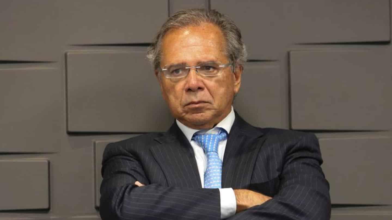 cbs-iva-imposto-Paulo Guedes entrega projeto de Reforma Tributária com imposto para transações digitais e criptomoedas