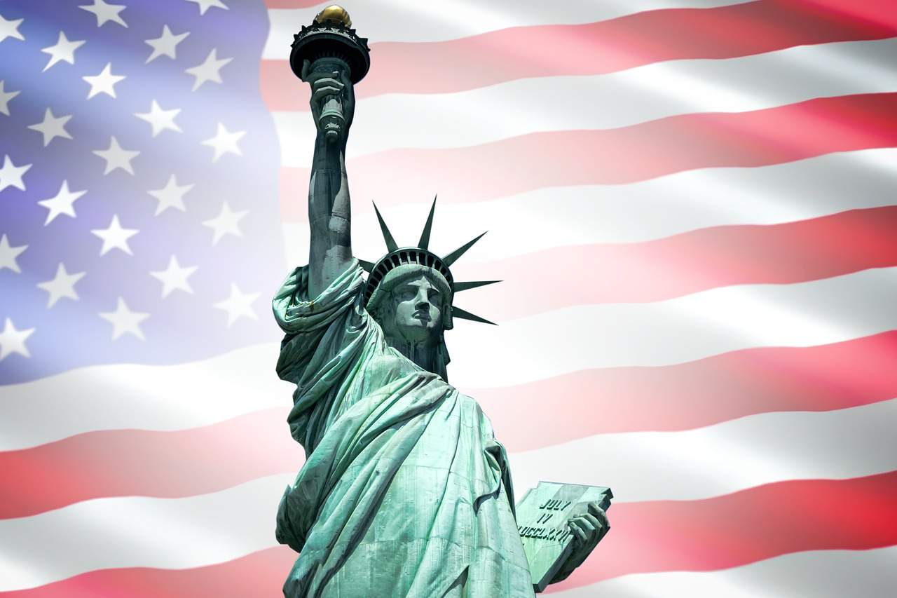 Nova York destaca 10 criptomoedas para listagem de bancos