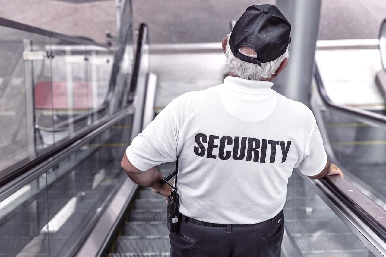 Criptomoedas devem ser reguladas pela Polícia, diz ex-diretor do BC