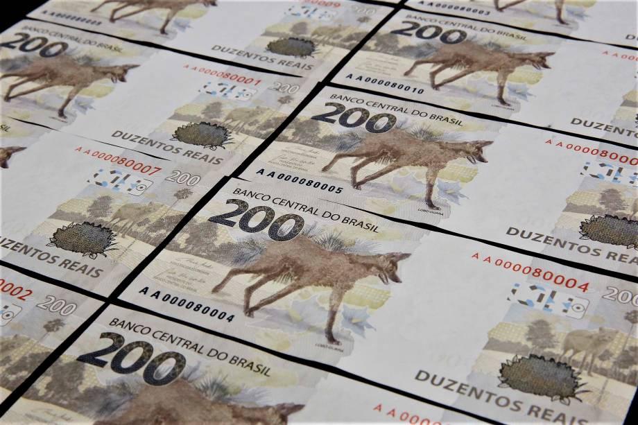 Nota de R$ 200: Banco Central deve retirar todas as cédulas de circulação, diz Defensoria Pública