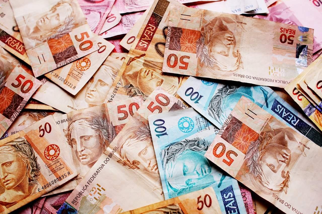 Economia: Real é a pior moeda do mundo em 2020