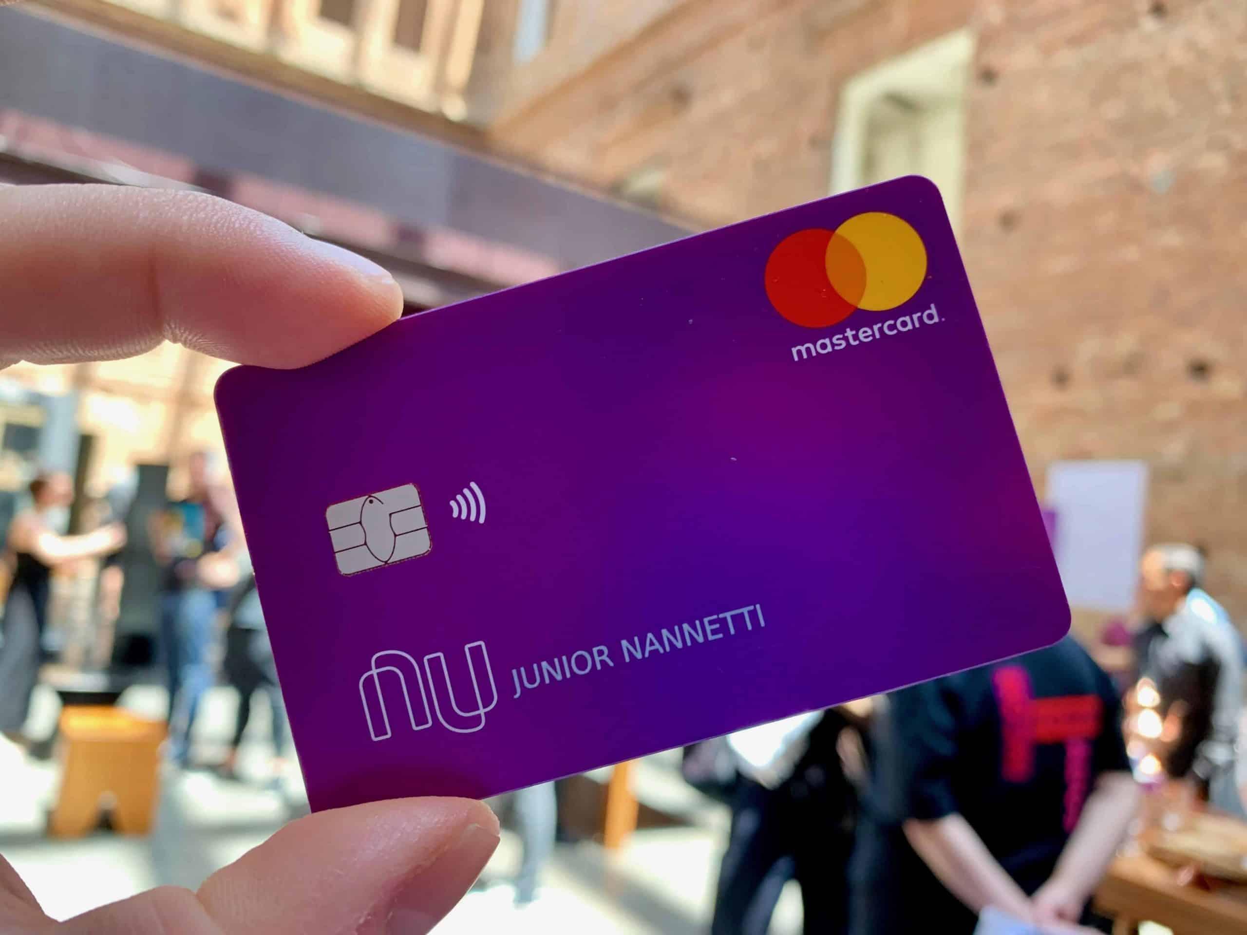 Nubank anuncia nova forma de solicitar aumento no limite do cartão