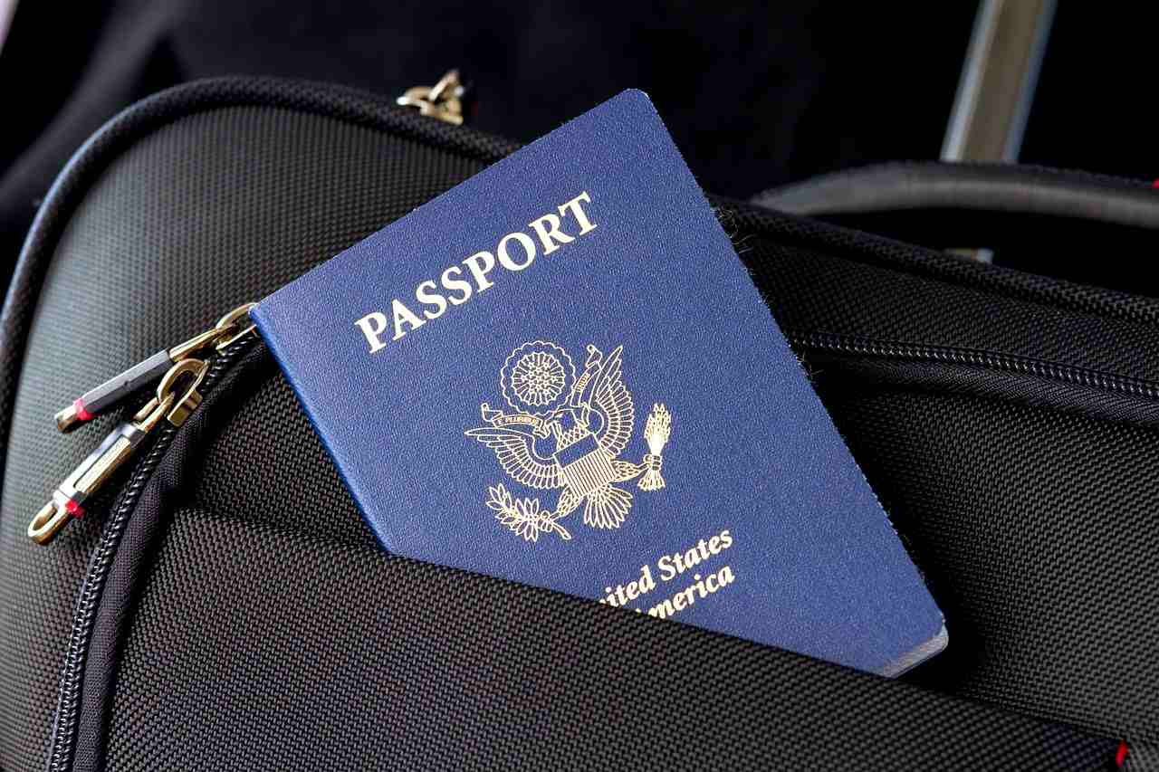 bitcoin-btc-eua-usa-passaporte-coinbase-exchange-pagamento-criptomoedas-notícias