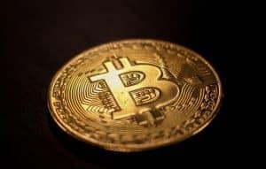bitcoin-criptomoedas-cvm-brasil-forex-empresa-economia-autarquia-multa