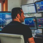 vinicius-ibraim-economista-day-trader-influencer-30-milhões-bolsa-valores-investidores-fundo-operação
