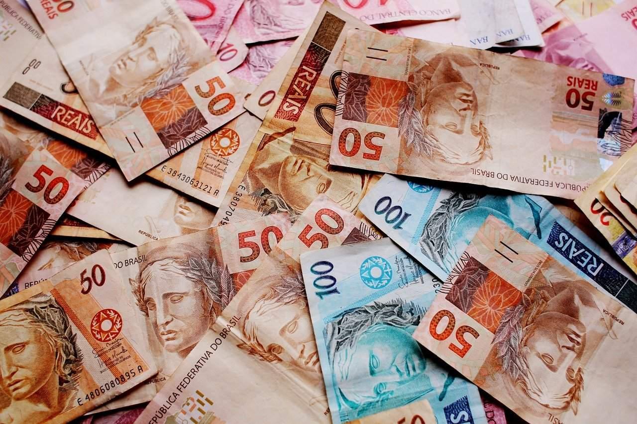 Banco Central quer substituir lentamente o uso do dinheiro físico