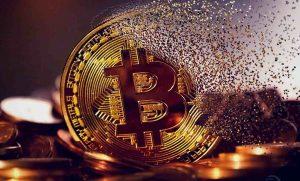 bitcoin-btc-morto-10-anos-década-história-blockchain-criptomoedas-preço