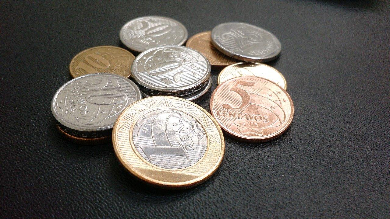 brasil-economia-finanças-negócios-governo-pib-global-mundial-avanço