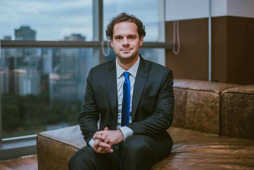 tiago-reis-analista-investimentos-braiscompany-piramide-golpe-notícias-investir-dinheiro-negócios-finanças-brasil