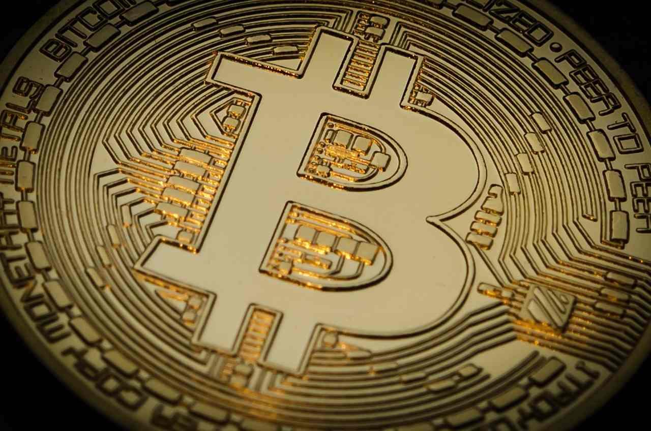 bitcoin-criptomoedas-analista-preço-investir-investimento