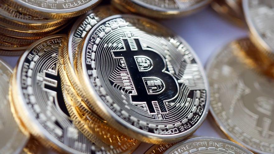 Twitter considera seguir os passos da Tesla e investir em Bitcoin