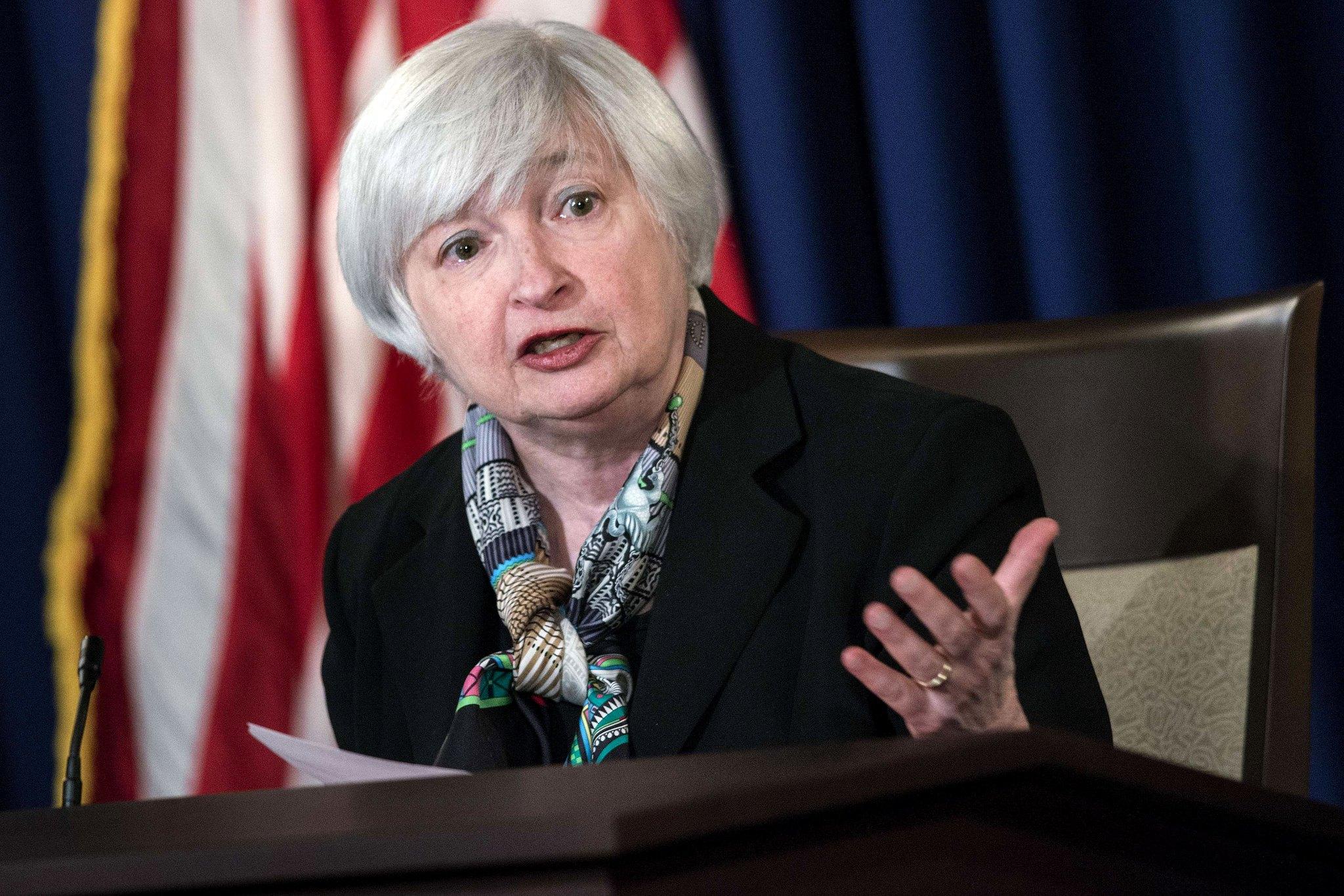 'Bitcoin é extremamente ineficiente', afirma Secretária do Tesouro Americano